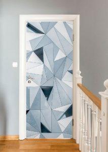 πόρτα με γεωμετρικά σχήματα