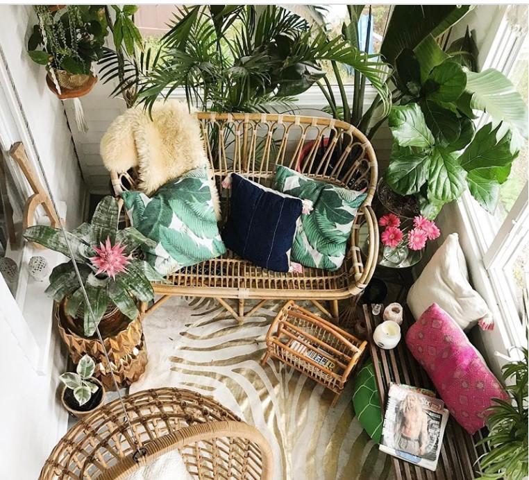 Διακόσμησε το μπαλκόνι σου και εξοικονόμησε χώρο για περισσότερη άνεση