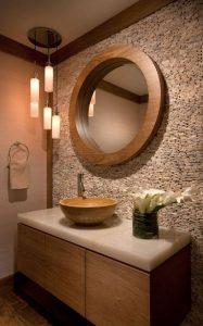 τοίχος από πέτρα στο μπάνιο