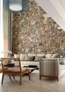 τοίχος από πέτρα στο σαλόνι