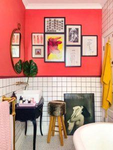 χρωματιστό μπάνιο