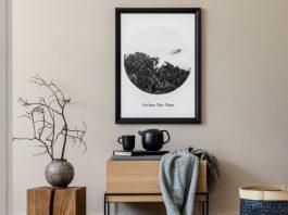 Το διάστημα μεταξύ των έργων τέχνης για να μην γίνεται κυραστικός διακοσμητικά ο χώρος σου