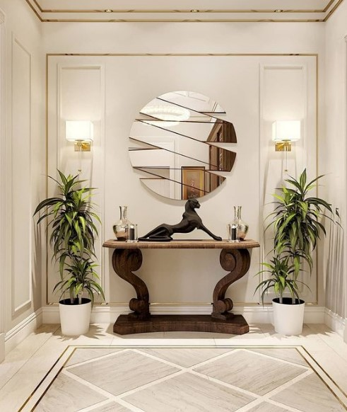 καθρέφτης σε περίεργο σχήμα
