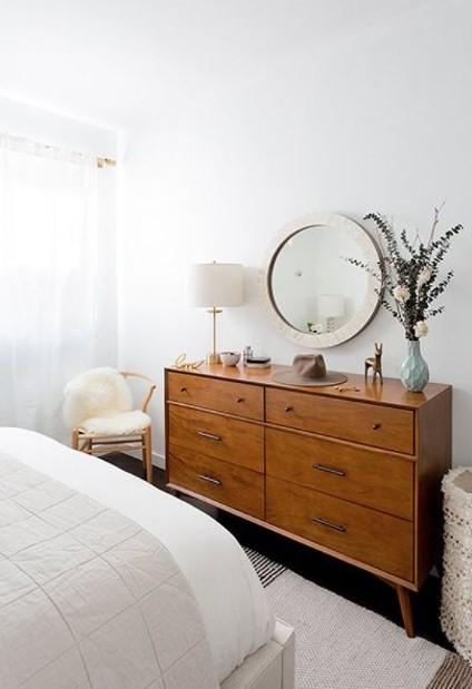 συρταριέρα ξύλινη υπνοδωμάτιο