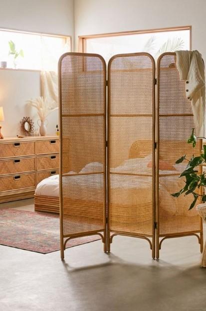 ξύλινο παραβάν υπνοδωμάτιο