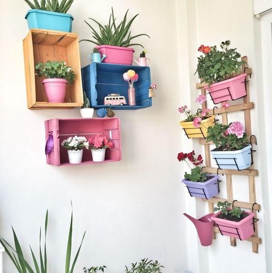 μπαλκόνι κλούβες φυτά ράφια μπαλκόνι