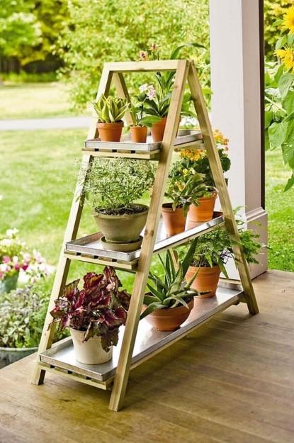 σκάλα ραφιέρα φυτά κήπος