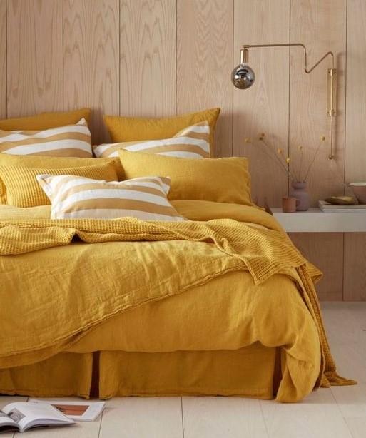 κίτρινα σεντόνια κρεβάτι