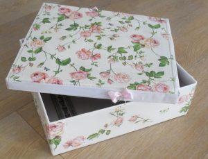 κουτι με ντεκουπαζ