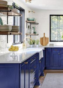 εντονα χρωματα στη κουζινα