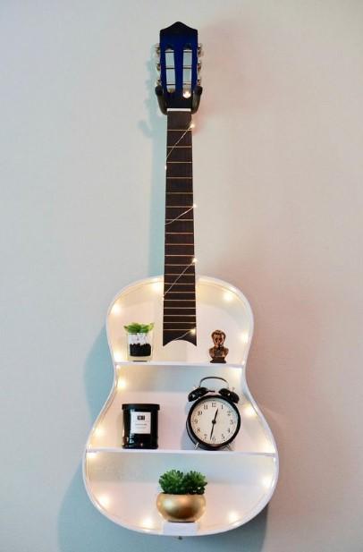διακοσμητικό παλιά κιθάρα