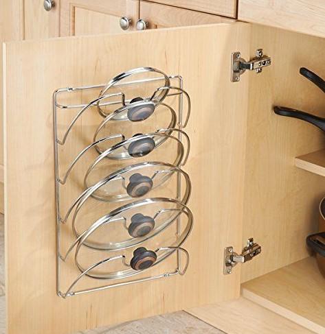 ντουλάπι στη κουζίνα