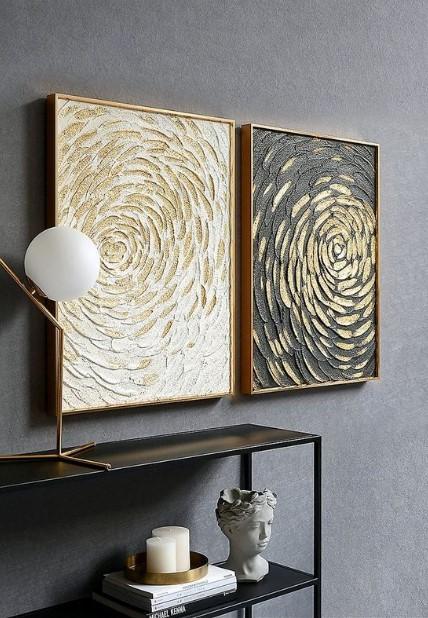 πίνακες ζωγραφικής στο σπίτι με χρυσό