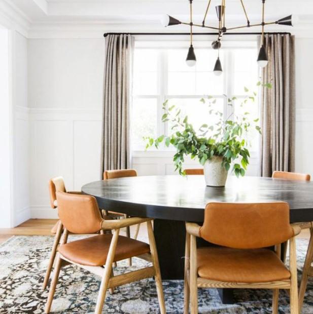 ξύλινο τραπέζι ξύλινες καρέκλες
