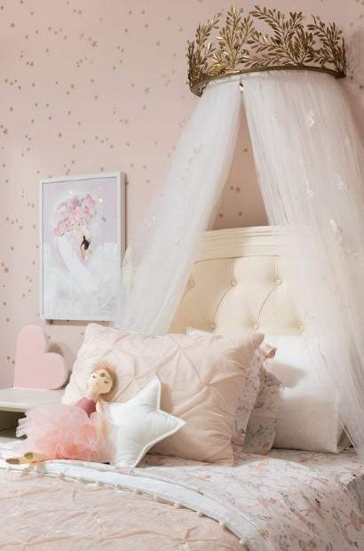 πριγκιπικό κοριτσίστικο παιδικό δωμάτιο