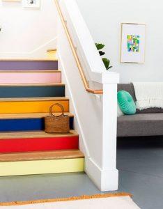 πολυχρωμια σε σκαλες