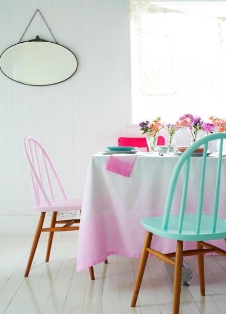 χρωματιστές καρέκλες