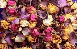 αποξηραμένα τριαντάφυλλα ποτ πουρί