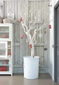 λευκη γλαστρα χριστουγεννιατικο δεντρο