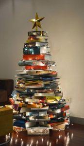 δεντρο χριστουγεννα απο βιβλια