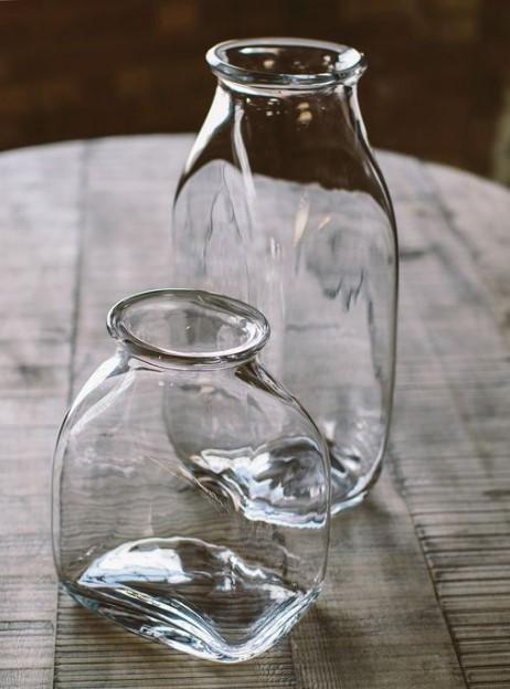 γυάλινα βάζα