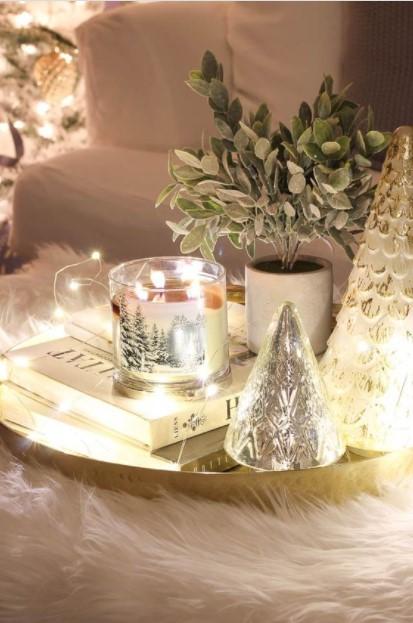 κερί δεντράκι φωτάκια τραπεζάκι σαλονιού Χριστούγεννα