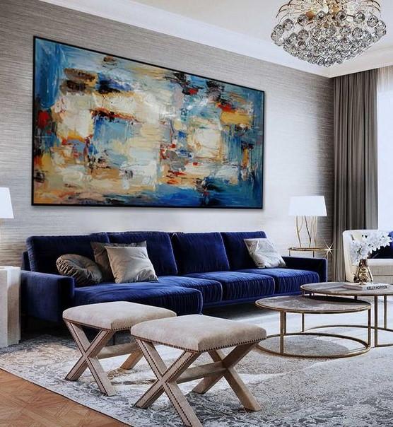 μπλε καναπές μεγάλος πίνακας