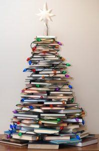χριστουγεννα δεντρο με βιβλια
