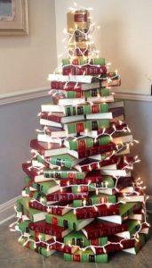 βιβλια στοιβα χριστουγεννα δεντρο