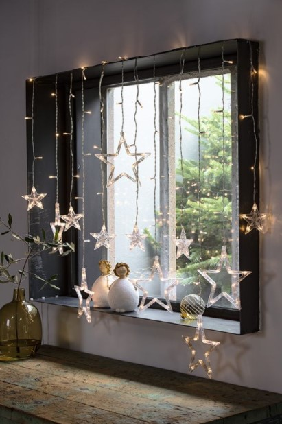 φωτάκια αστεράκια παράθυρο παράθυρα Χριστούγεννα