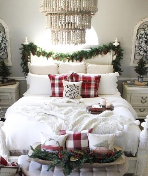 κρεβάτι γιρλάντα καρό μαξιλάρια