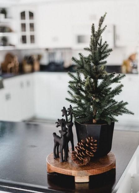 χριστουγεννιάτικο δεντράκι διακοσημτικό
