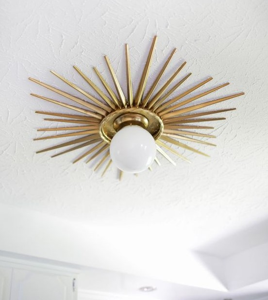 χρυσό φωτιστικό οροφής