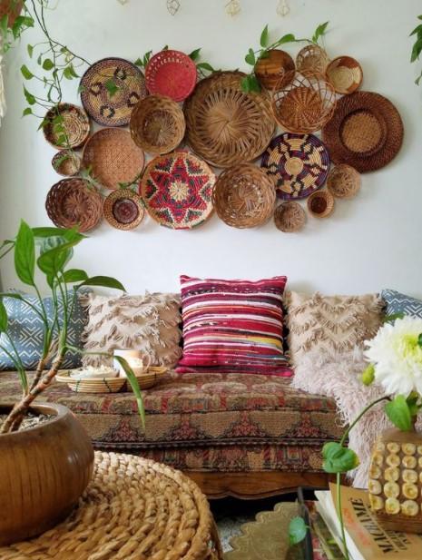 πολλά καλάθια τοίχος καναπέ