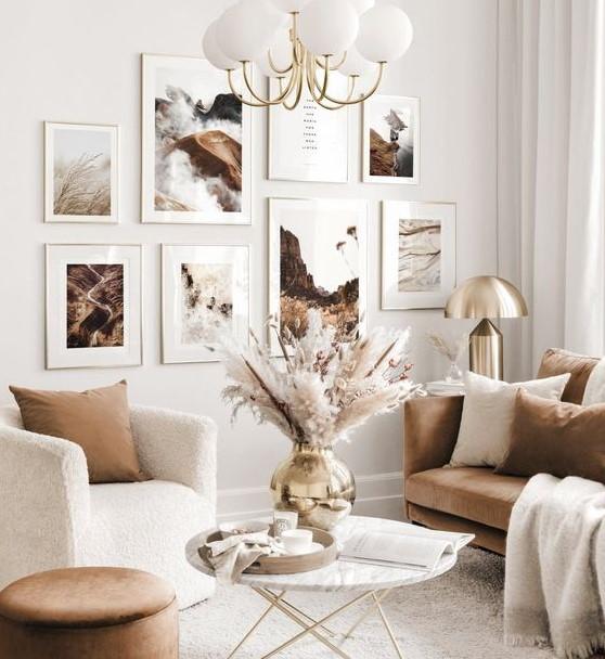 σαλόνι καναπές κάδρα τοίχο