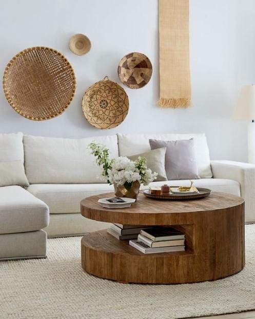 στρογγυλό ξύλινο τραπεζάκι σαλονιού