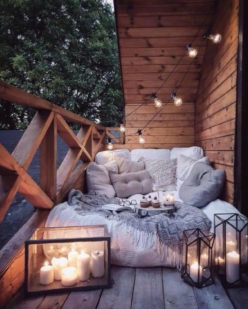 cozy βεράντα κεριά