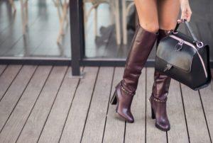 δερμάτινες γυναικείες μπότες