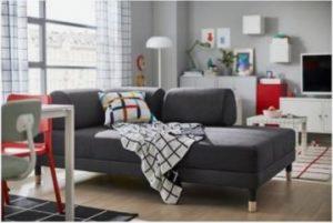 διακόσμηση με γωνιακός καναπέ με στρογγυλά μαξιλάρια και αποθηκευτικό χώρο
