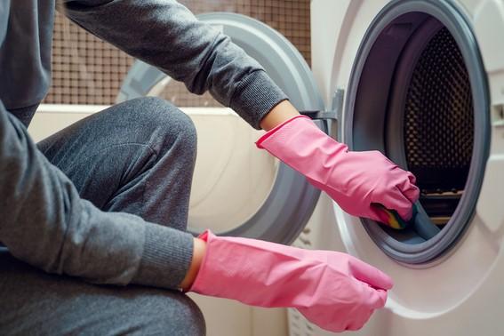 σφουγγάρι πλυντήριο ρούχων
