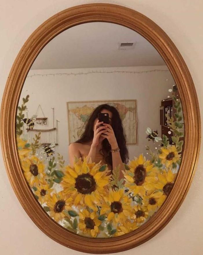 ζωγραφισμένος καθρέφτης
