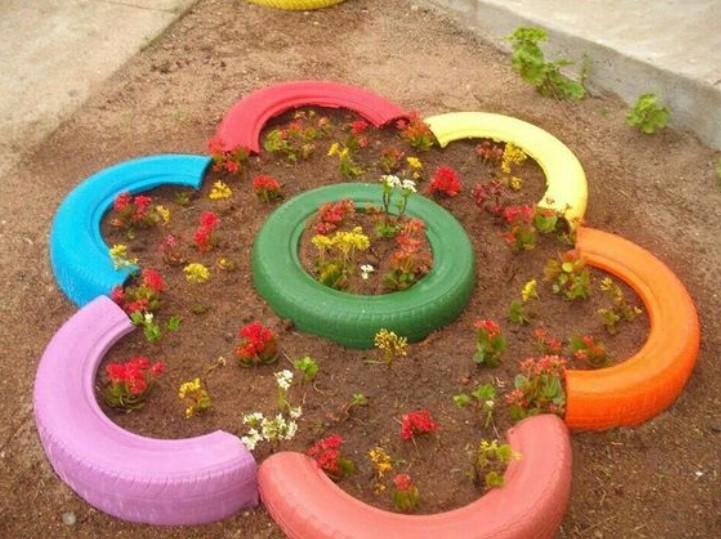diy παρτέρι στο κήπο από λάστιχα αυτοκινήτου