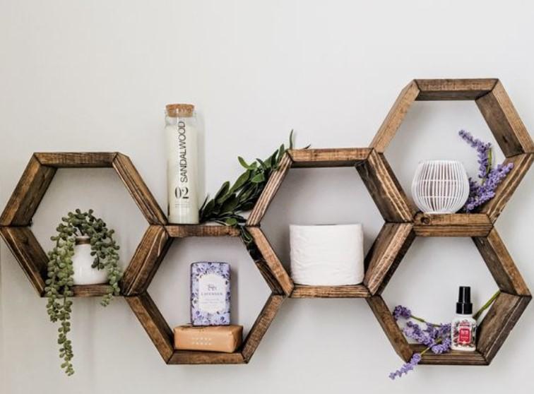 εξάγωνα ξύλινα διακοσμητικά ραφάκια