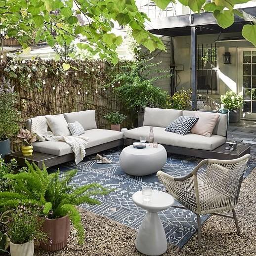 κήπος καναπέδες χαλί