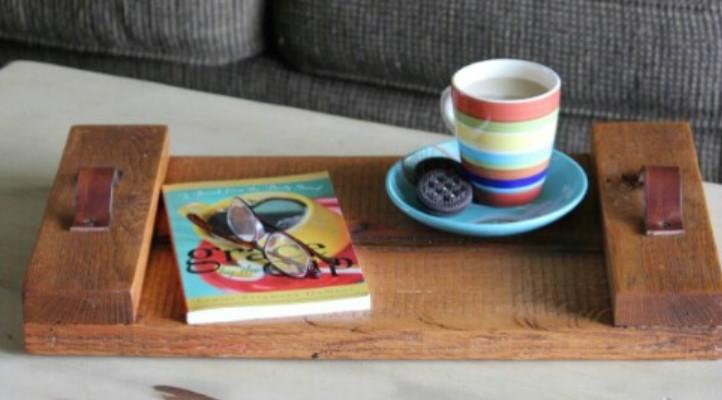 ξύλινος διακοσμητικός δίσκος