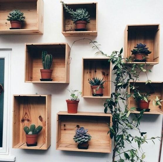 ξύλινα κουτιά τοίχο