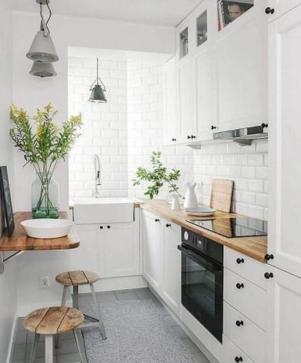 μικρή κουζίνα λευκή
