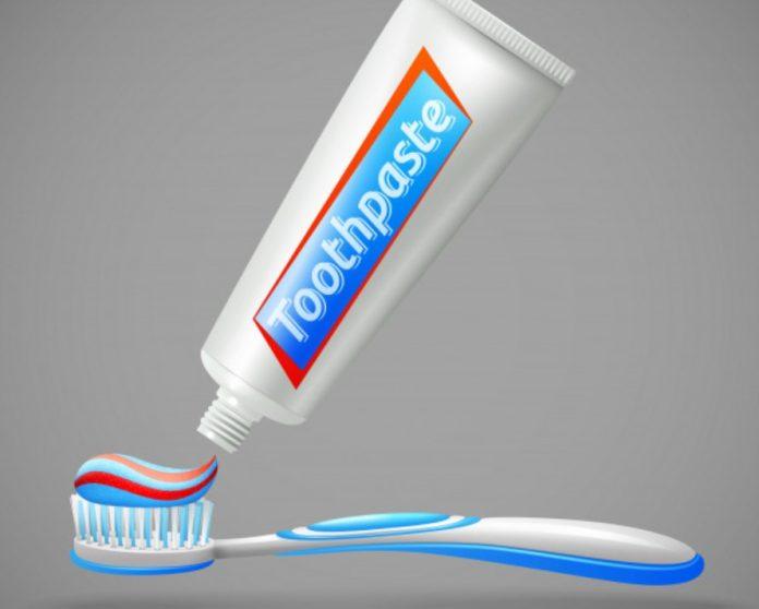 κόλπα με οδοντόκρεμα