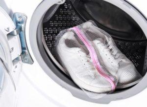 παπουτσια στο πλυντηριο ρουχων