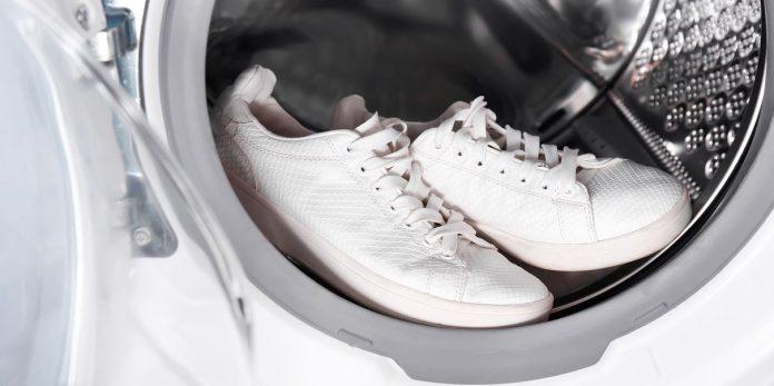 πως να καθαρίσεις τα αθλητικά σου παπούτσια